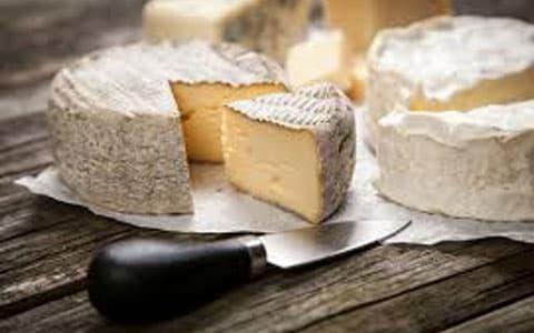 Camembert peyniri nasıl yenir, tüketilir?