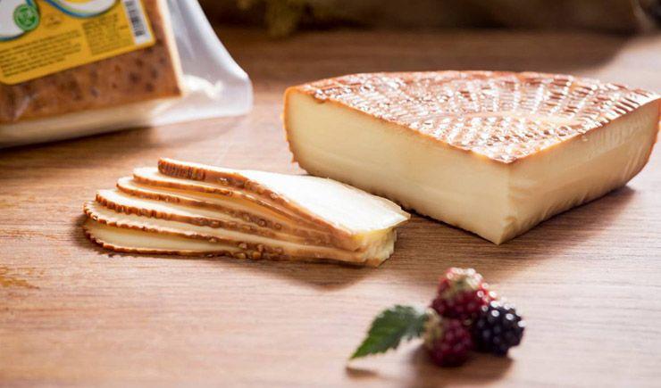 İsli peynir nedir?