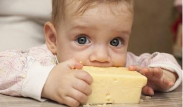 Bebekler ne zaman peynir yiyebilir?