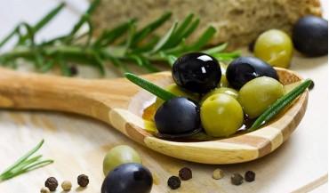 Yeşil zeytin ile siyah zeytinin farkları nelerdir?